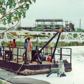 Model: DP 20 S on Pontoon Application: Effluents Lagoon De-silting Customer: SIV, India.